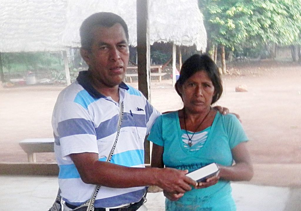 couple who receive SonSet radio